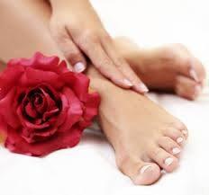 10 Consigli per avere i piedi perfetti in estate